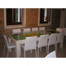 """Tavolo in legno sull'aia """"Pozzuolo"""""""