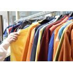 Abbigliamento in tessuto naturale